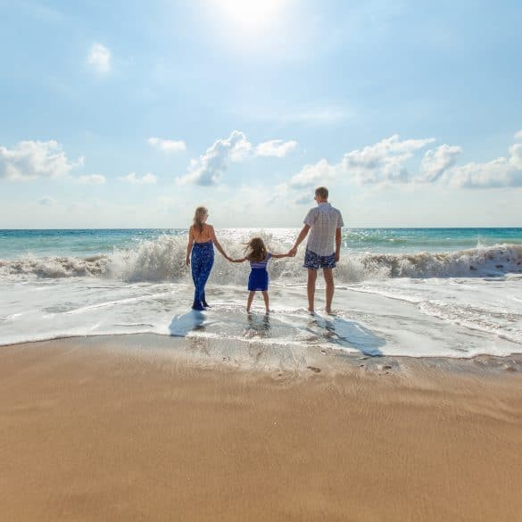 family travel, The 6 Best Places for Fun Family Travels, Phenomenal Place