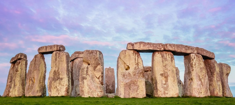 Stonehenge, Stonehenge in the United Kingdom: Must-Know Information and Guide, Phenomenal Place