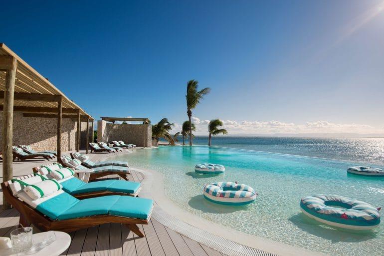 Luxurious All-Inclusive Resorts, The Most Luxurious All-Inclusive Resorts all around the World, Phenomenal Place
